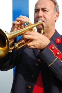 feestelijke opening met trompet